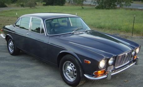 Daimler Double Six Serie III